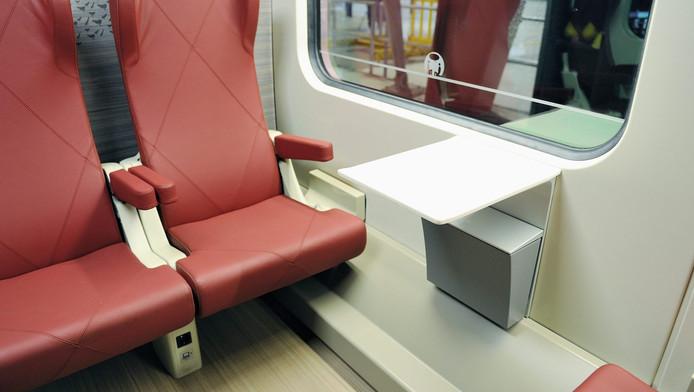 De VVD in Gelderland wil alleen eerste klas reizen.
