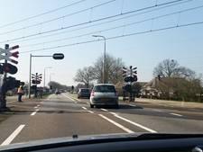 Verkeer weer op gang tussen Hessenpoort en Dalfsen na storing slagboom