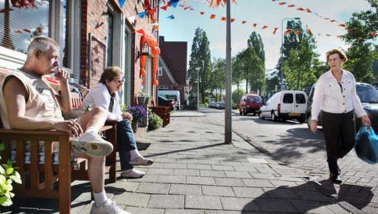 De Waddenweg in amsterdam Noord. Iets verderop links vond enkele weken geleden een geweldadige overval plaats bij een tabakswinkel waarbij de eigenaar zwaar gewond raakte. Foto Jean-Pierre Jans Beeld