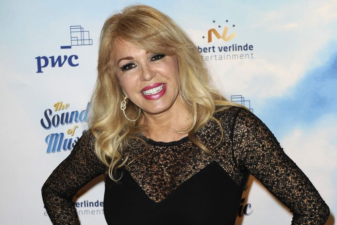 Tv-persoonlijkheid Patricia Paay heeft al ruim 200.000 euro voor Blijdorp ingezameld. Haar actie loopt het hele jaar nog door.