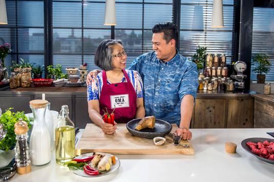 Chef Danny Jansen maakt op 24Kitchen ook nostalgische gerechten met Indische oma Ita.