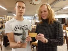 Urn met asresten afgeleverd bij kringloopwinkel in Almelo