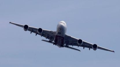 Graag uw blaas legen voor het boarden: hoe vliegtuigmaatschappijen gewicht proberen te besparen