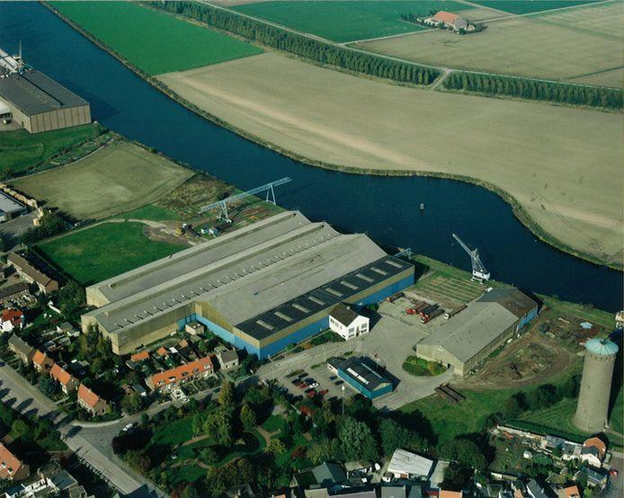 Luchtfoto van tien jaar geleden, toen Staal Unie nog op het 6 hectare grote terrein gevestigd was.