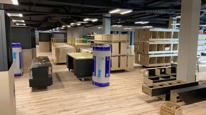 Het nieuwe onderkomen van de bibliotheek in winkelcentrum In den Vijfhoek.