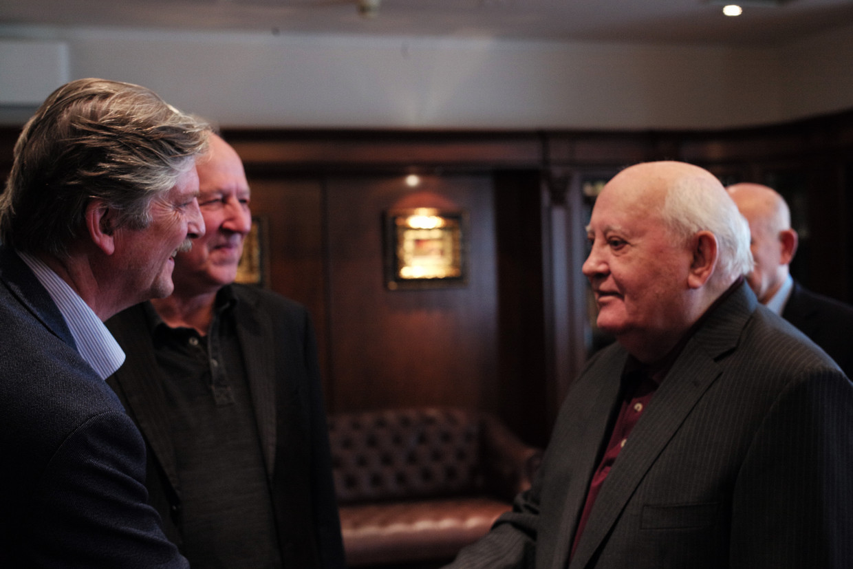 'Meeting Gorbachev' Beeld Internet