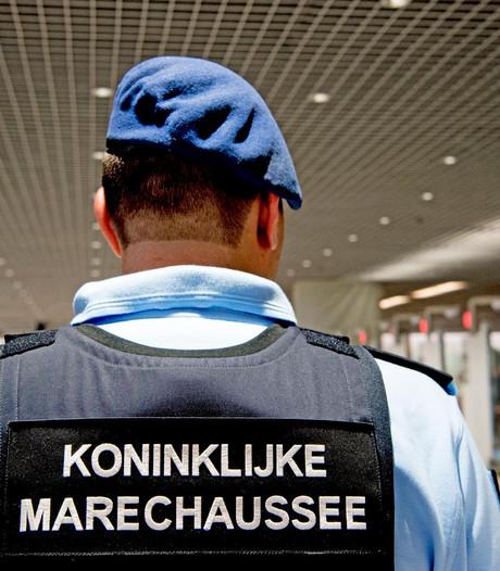 Twee schoonmakers Schiphol verdacht van drugshandel