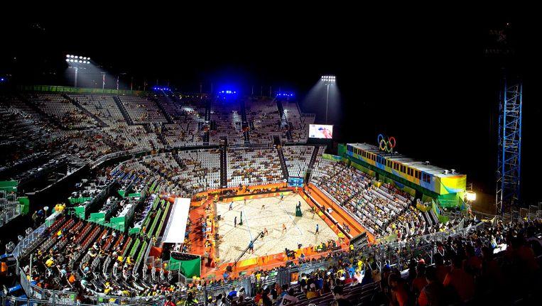 Volleybaltempel Maracanazinho in Rio. Beeld Klaas Jan van der Weij / de Volkskrant