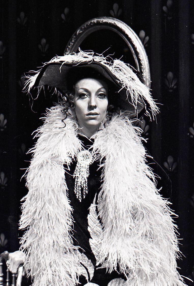 Carry Tefsen, 1970, actrice, presentatrice, zangeres, kunstschilder, theater, cabaret, én televisie. Hier in De legende van Jhonny Green, KRO Beeld Hollandse Hoogte / Guus Pauka