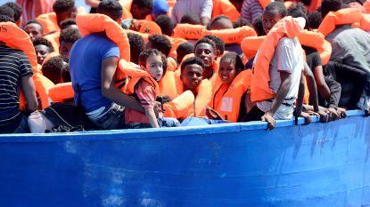 Artsen Zonder Grenzen zoekt veilige haven voor 141 geredde migranten