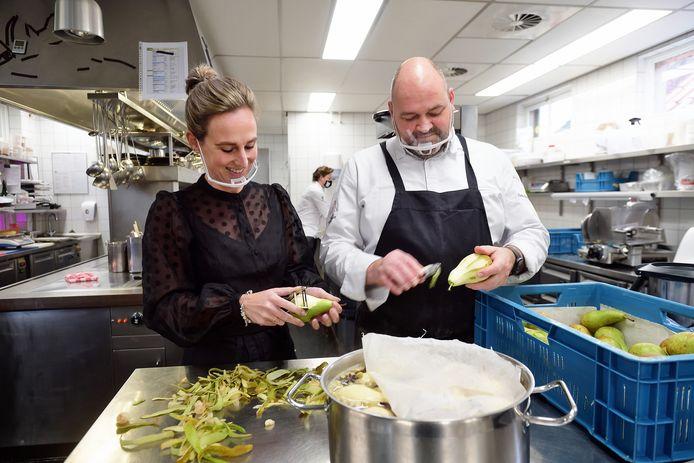 Mariëlle Vink en Carlo Chantrel besloten midden in de eerste lockdown sterrenrestaurant De Zwaan over te nemen. Ze gaven het een nieuwe naam (Tilia) en nieuwe koers - en moesten toen wéér dicht.
