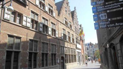 Enkel Vlaams Belang stemt tegen verkoop oude stadskantoren