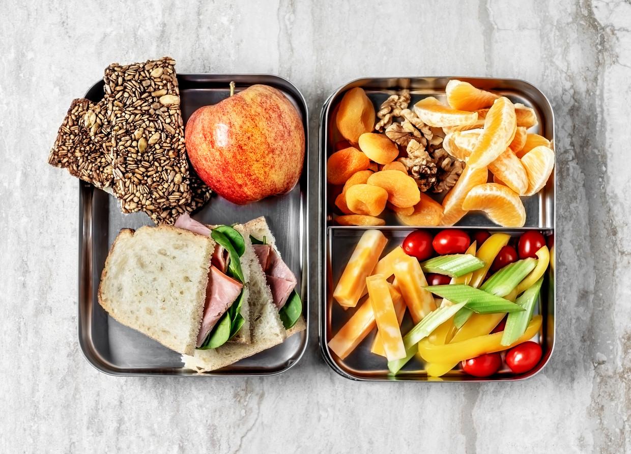 In Amsterdam is al vaker geëxperimenteerd met scholen die budget kregen om de lunch te verzorgen.  Beeld Getty Images