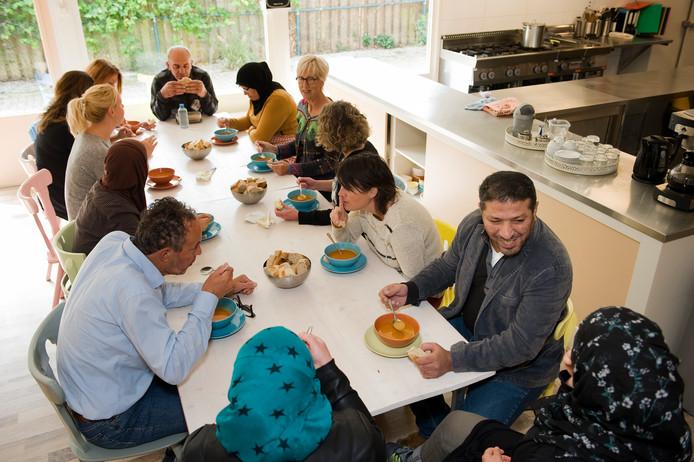 Werelds koken bij Dynamiek, een van de eerste activiteiten die SamenWel! promootte op haar site.