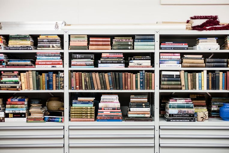 Het atelier van Gilbert & George. 'Pas als je georganiseerd bent, kun je echt vrij zijn' Beeld Koos Breukel