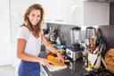 Hockeyster Ellen Hoog heeft een eigen kookboek