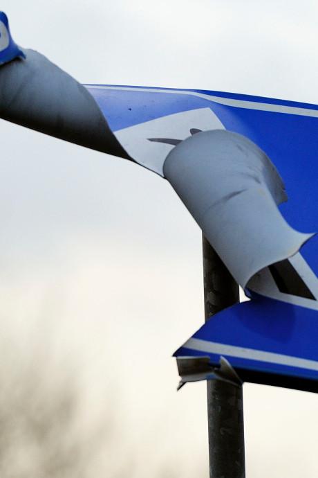 Slimme camera's zien vieze en kapotte verkeersborden in Zwolle