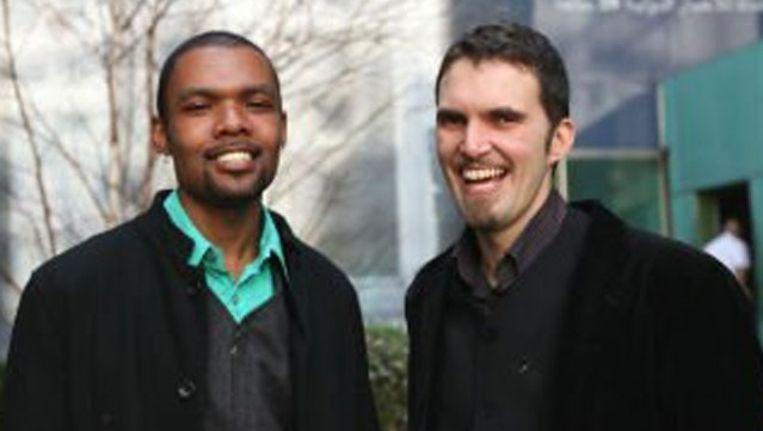 Ludovic Mohamed Zahed (R) en zijn partner Qiyam al-Din. Beeld Al Arabiya