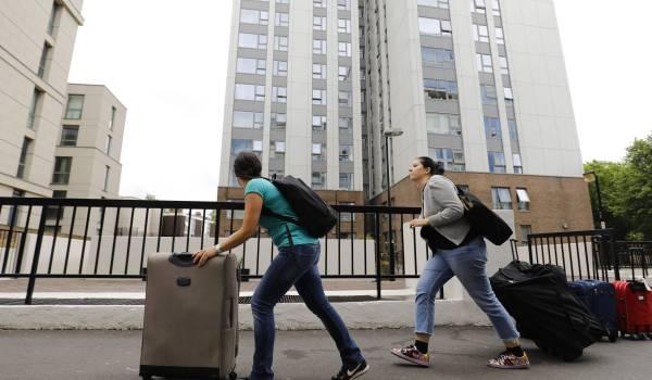 Steeds meer Britse flats blijken brandgevaarlijk