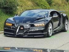 Bugatti, Porsche, Mercedes én camper betrokken bij extreem dure crash op beroemde pas