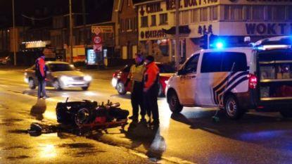 Motorrijder gewond na aanrijding met personenwagen
