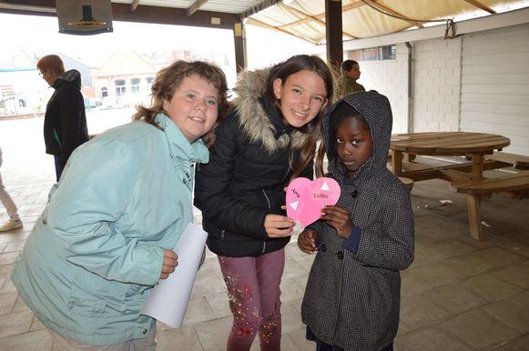 Amber en Caitlin worden de meters van Amy in het Hartencollege Buitengewoon Lager Onderwijs in Ninove.