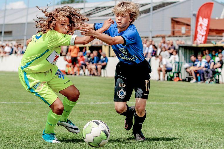 Bassevelde U13 Cup: Club Brugge - KAA Gent met Rayan El Harak en Lenn De Smet.