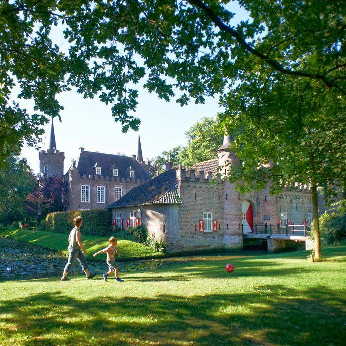 Kasteel Henkenshage in Sint-Oedenrode: in 1850 gekocht door Pieter van Coehoorn.