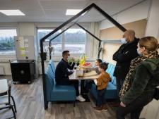 Coronaproof een kijkje nemen op de nieuwe basisschool in Veldhoven