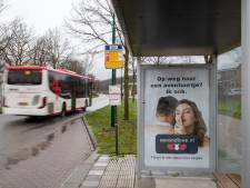 Rhenen haalt Second Love-posters weg om problemen in jeugdzorg te voorkomen: 'Wat dát doet met kinderen...'