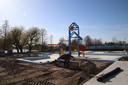 De Havenspeeltuin van Plaswijckpark is nu nog een grote bouwplaats.