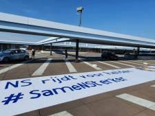 NS groet de rest van Nederland met enorme banner