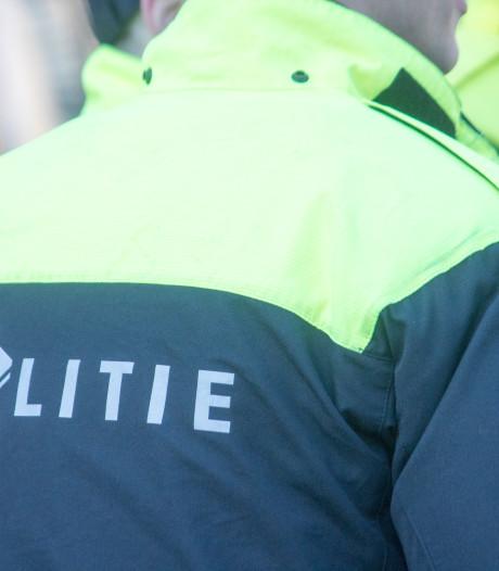 Politie blij met alerte Ommenaren bij twee winkeldiefstallen