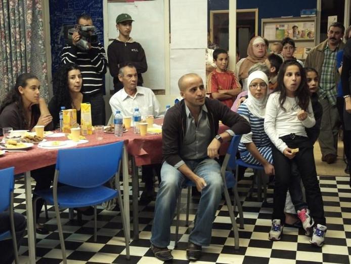 Het Marokkaanse vadercomité van Vaartbroek hield zaterdag de jaarlijkse Iftar-avond ter ere van de ramadan.foto Fotopersbureau Van de Meulenhof