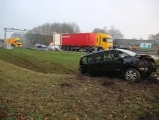 Ouder echtpaar gewond na ongeval op A58 bij Heerle, weg weer vrij