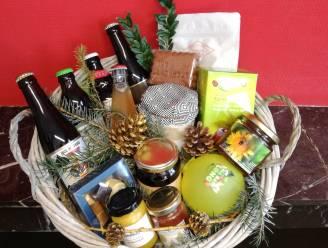 Drie geschenkmanden ondersteunen Oud-Turnhoutse handelaars