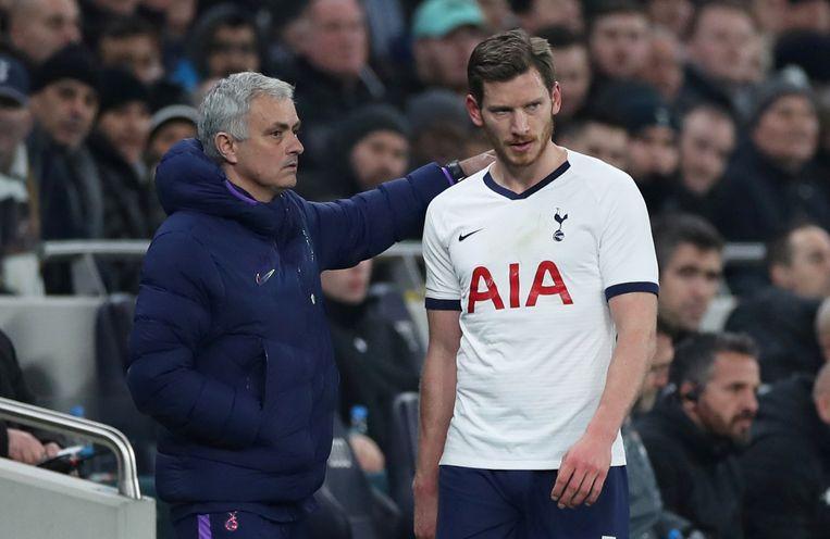 José Mourinho, huidig trainer van Tottenham, en Jan Vertonghen.