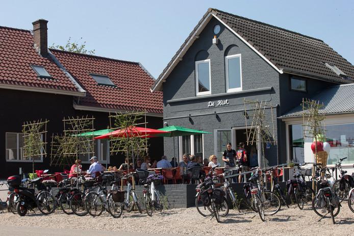 De Hut is nu al een pleisterplaats voor fietsers. Foto: Theo Kock