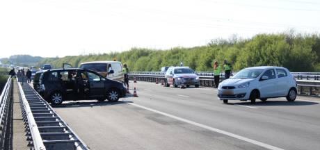 Lange files na ongeval op A58