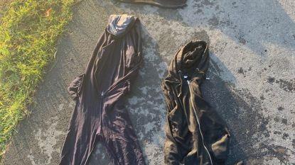 Politie zoekt eigenaar van natte kledij die achterbleef aan kanaalboorden