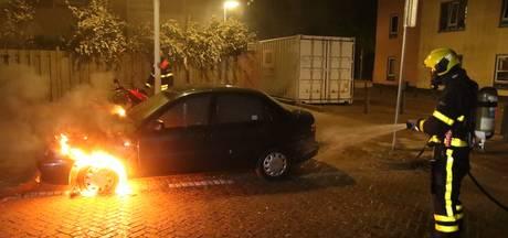 Hoge straf geëist tegen jonge autobrandstichters