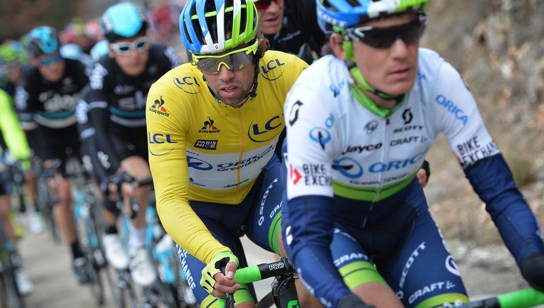 Michael Matthews vrijdag in het wiel van een ploegmaat tijdens Parijs-Nice. De Australiër verdedigt daar de leidersplaats. Beeld BELGA