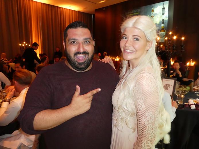 Ashkan Montezapour (Dishtales) en Lotte Nederhorst als Khaleesi, moeder van draken.
