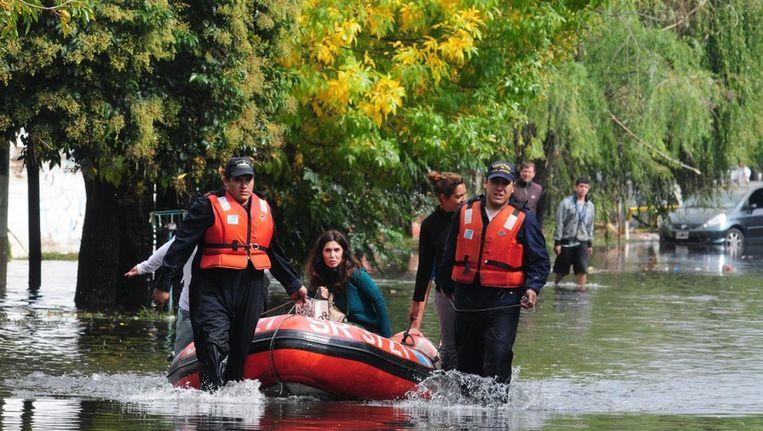 Overstromingen teisteren de provincie Buenos Aires in Argentinië Beeld epa