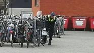 Koppel steelt fietsen aan Berchem-station met betonschaar