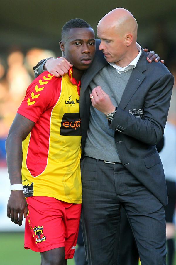 Quincy Promes wordt bij Ajax herenigd met trainer Erik ten Hag. Bij Go Ahead Eagles werkten de twee succesvol samen.