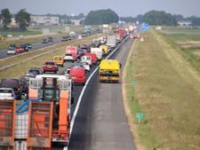 Ongeluk bij Emmeloord zorgt voor kilometers file