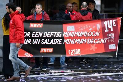 """Salaire minimum: la FGTB menace d'actions de """"désobéissance civile"""""""