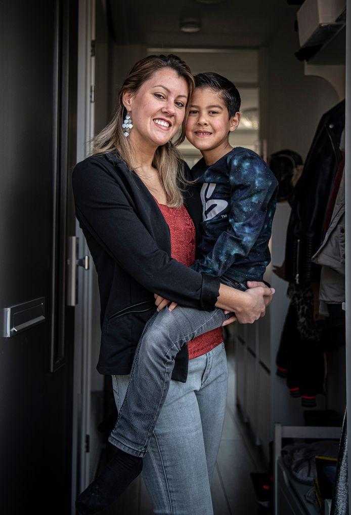 Bianca en haar zoontje.