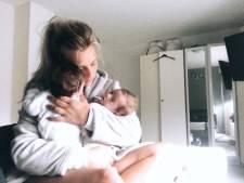 Kailey (25) uit Enter laat andere kant van moederschap zien